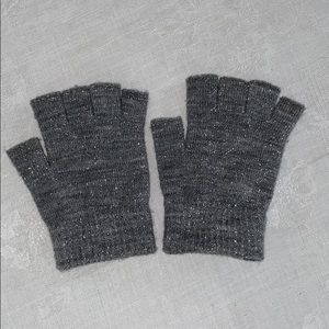Kids Grey Sparkle Open Finger Gloves